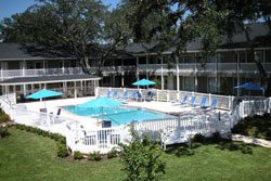 courtyard apartments, pet friendly vacation rental by owner jacksonville, jacksonville dog friendly vacation rental, dog friendly jax rentals, pet friendly jacksonville vacation rentals